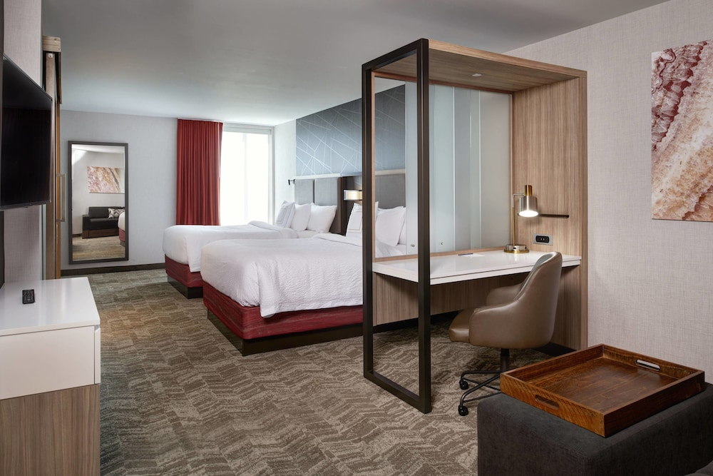Room, Springhill Suites Grand Rapids West