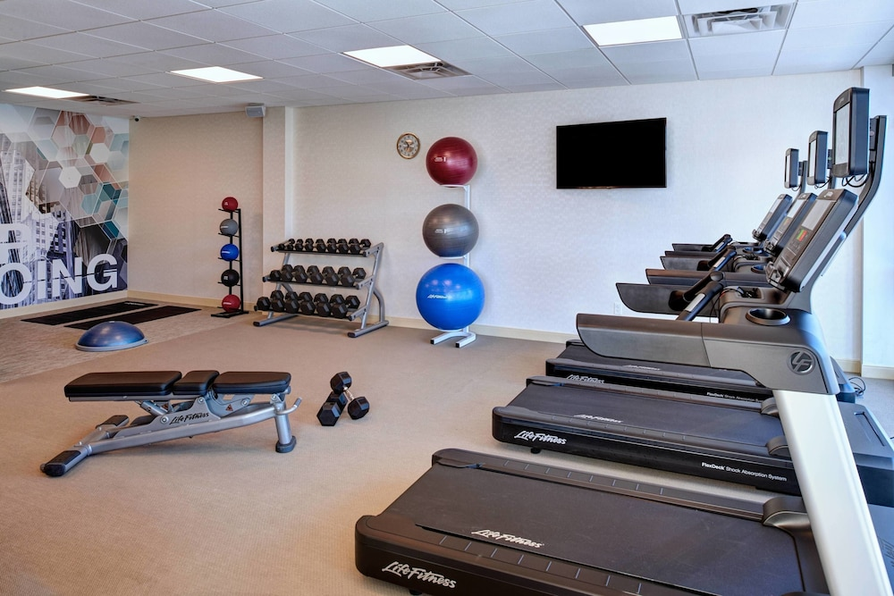 Fitness Facility, Springhill Suites Grand Rapids West