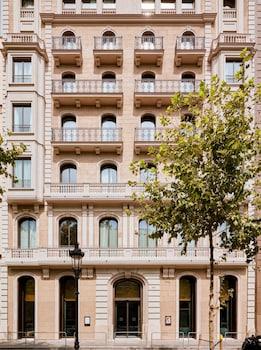 Gran Via de les Corts Catalanes 619-621, Eixample, 08007 Barcelona, Spain.