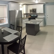 Remodeled 2 Bdr, Perfect for a Profesional Being Relocated or Families on Vaca