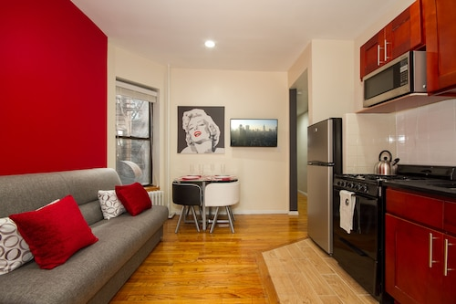 East Village 2 Bedroom Apartments