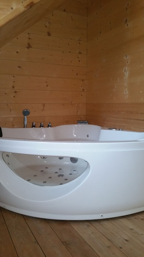 Bathroom, Tiroler Chalet Oetztal