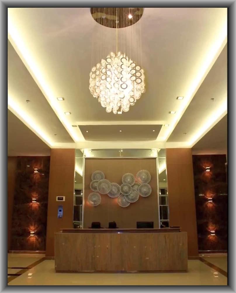 Avalon Condominium: 2018 Room Prices , Deals & Reviews | Expedia