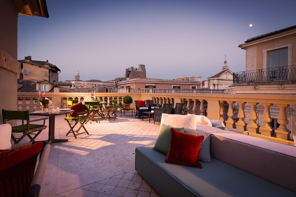 Terrace/Patio, Singer Palace Hotel