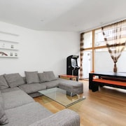 Luxury Aldgate Apartments