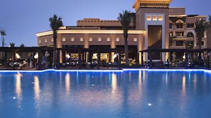 Outdoor pool, open 7:00 AM to 6:00 PM, free pool cabanas, pool umbrellas