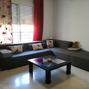 Cosy Apartment Tanit Center
