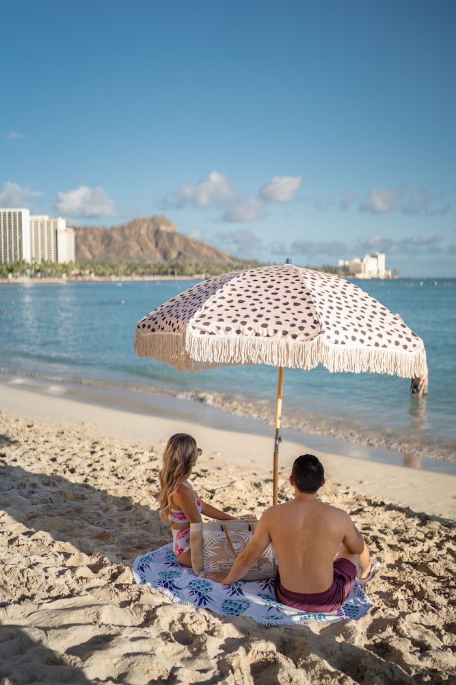 Point of Interest, Waikiki Beachcomber by Outrigger