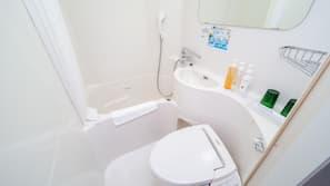 浴缸連淋浴設備、免費浴室用品、風筒、坐浴桶