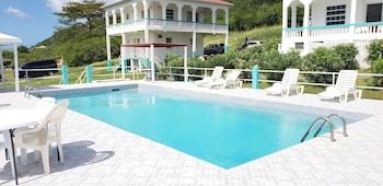 Royal Cove Hotel
