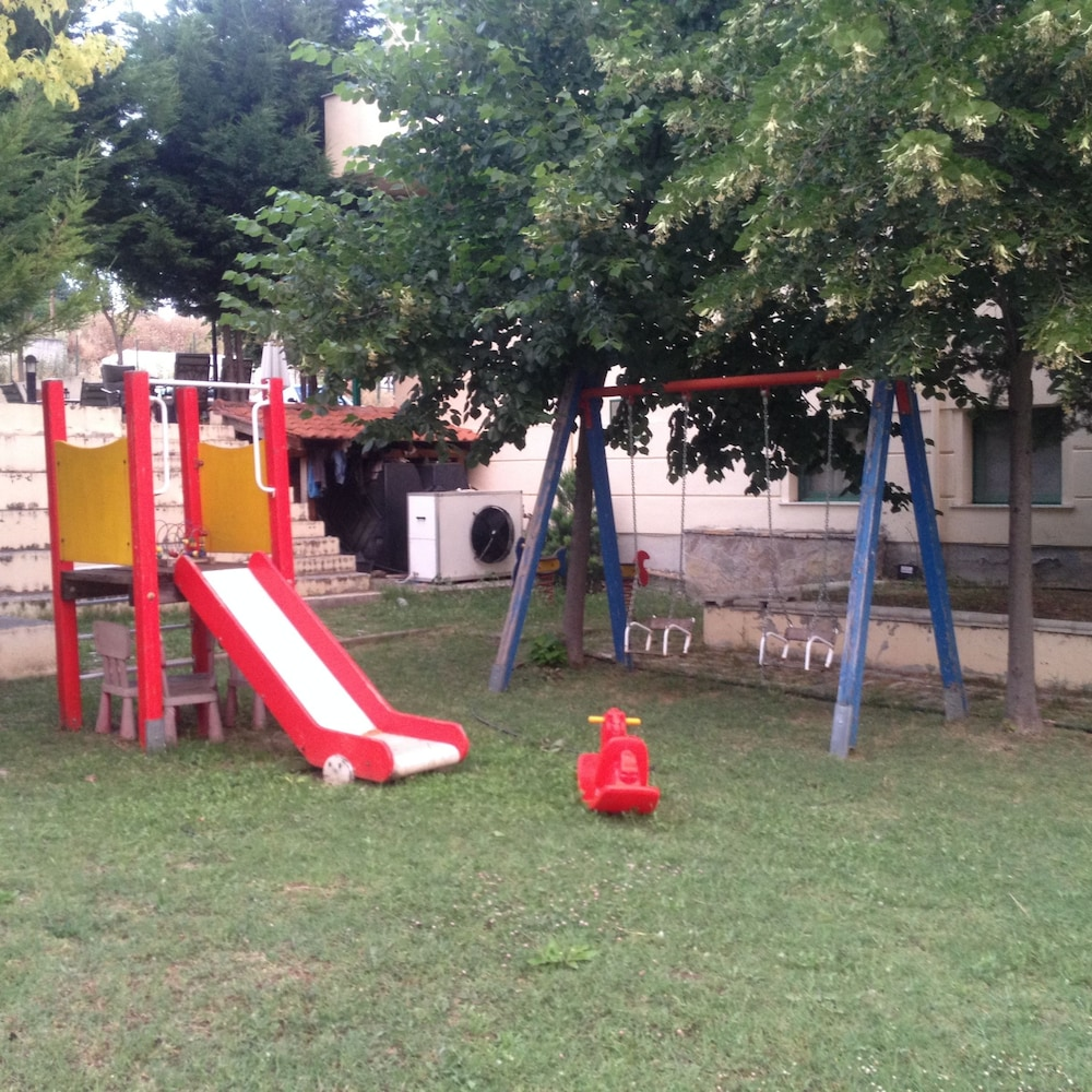 Children's Play Area - Outdoor, Elimeia 3