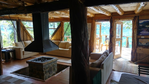Espolon Lodge