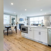 Modernized 4 BR Home Old Town Alexandria