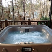 Greers Ferry Lakefront House Hot Tub Private