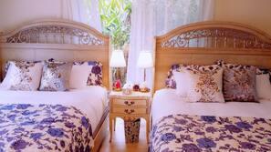 3 Schlafzimmer, hochwertige Bettwaren, Daunenbettdecken