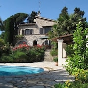 Beautiful Stone Villa With Magnificent Views of St Paul de Vence and Ac/heating