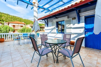 Xenios Loutra Village Holiday Apartments