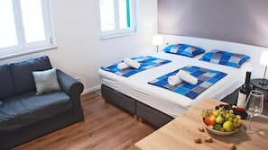 Premium bedding, soundproofing, cots/infant beds, free WiFi