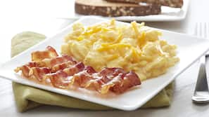 Free daily buffet breakfast