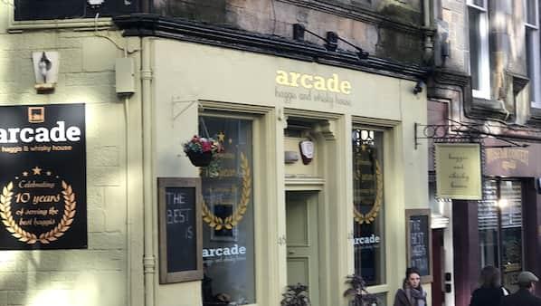 Edinburgh Old Town Apartment in Edinburgh | Expedia