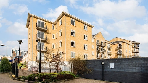 Lovely 1 BR Flat near Limehouse