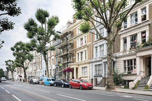 Stylish 2br Notting Hill Apartment with Garden!