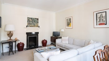 Lovely 1BR Flat in the heart of Kensington