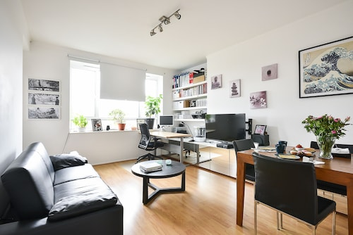 Super 1BR Flat in St Johns Wood