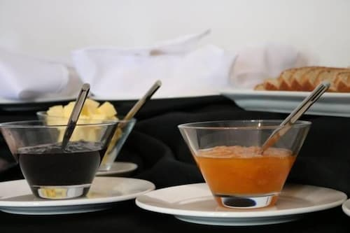 Food and Drink, Radisson Curico