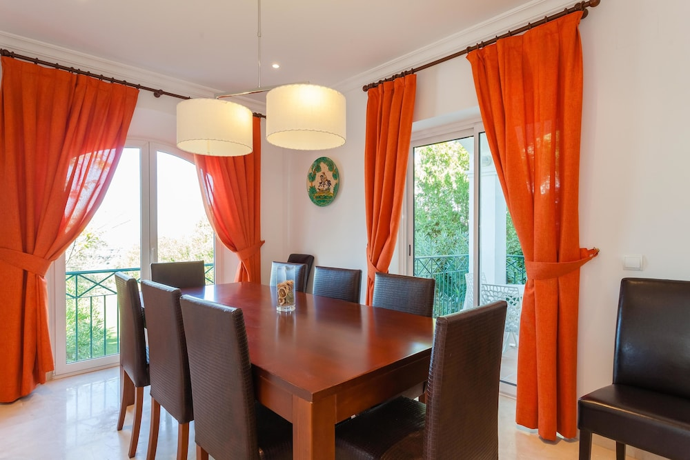 In-Room Dining, Arcos Gardens Sol Rent Golf