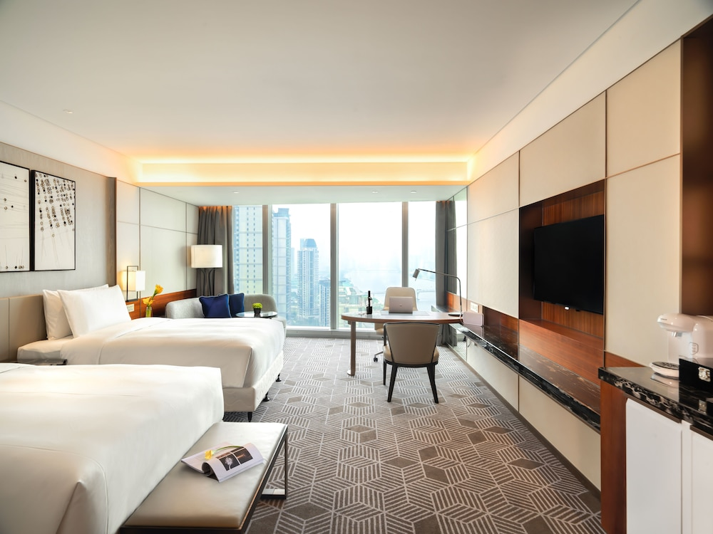 Room, Intercontinental Guangzhou Exhibition Center