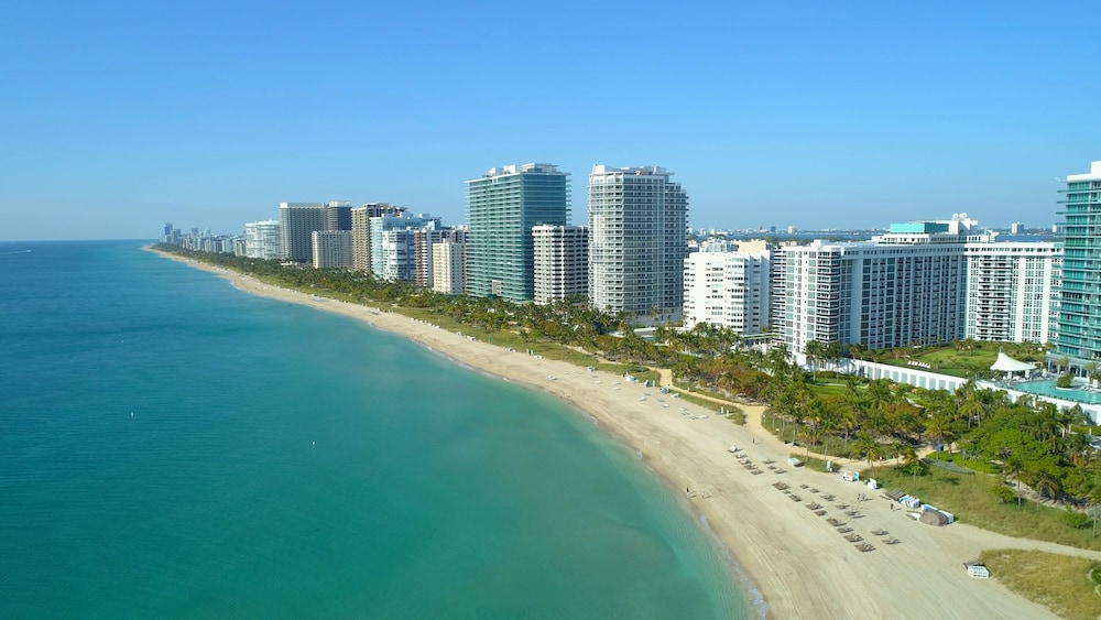 Beach, Spectacular Private Studio at 5 Star Hotel Bal Harbour North Miami Beach