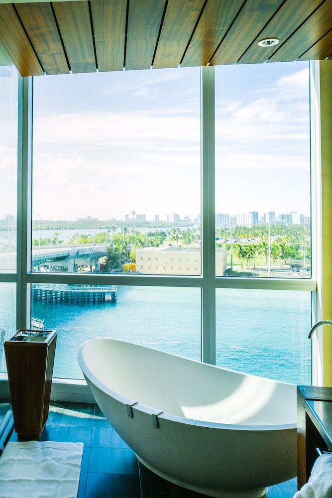 Room, Spectacular Private Studio at 5 Star Hotel Bal Harbour North Miami Beach