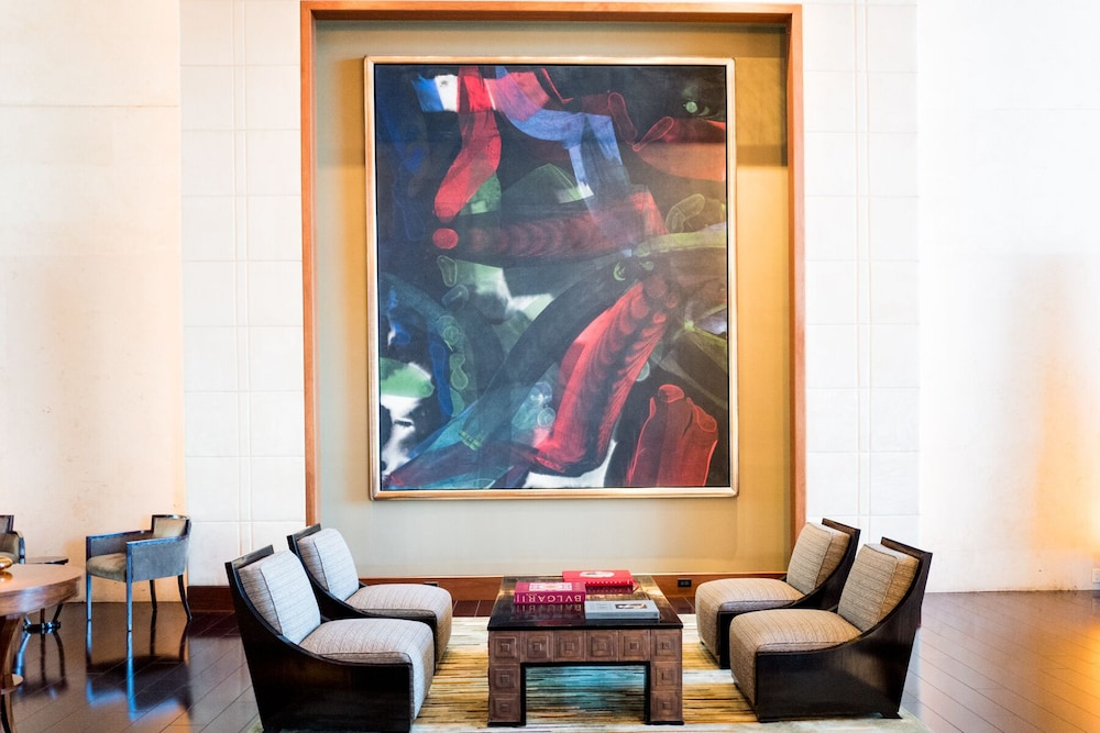 Living Room, Spectacular Private Studio at 5 Star Hotel Bal Harbour North Miami Beach