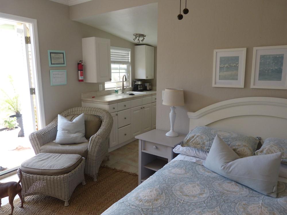 Sensational Santa Cruz Yacht Harbor Beach Cottage Located 2 Blocks From Home Remodeling Inspirations Cosmcuboardxyz