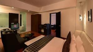 1 bedroom, in-room safe, desk, laptop workspace