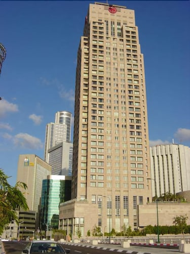 3-Room Apartment at the City Tower