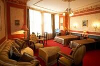 Büyük Londra Hotel (32 of 40)