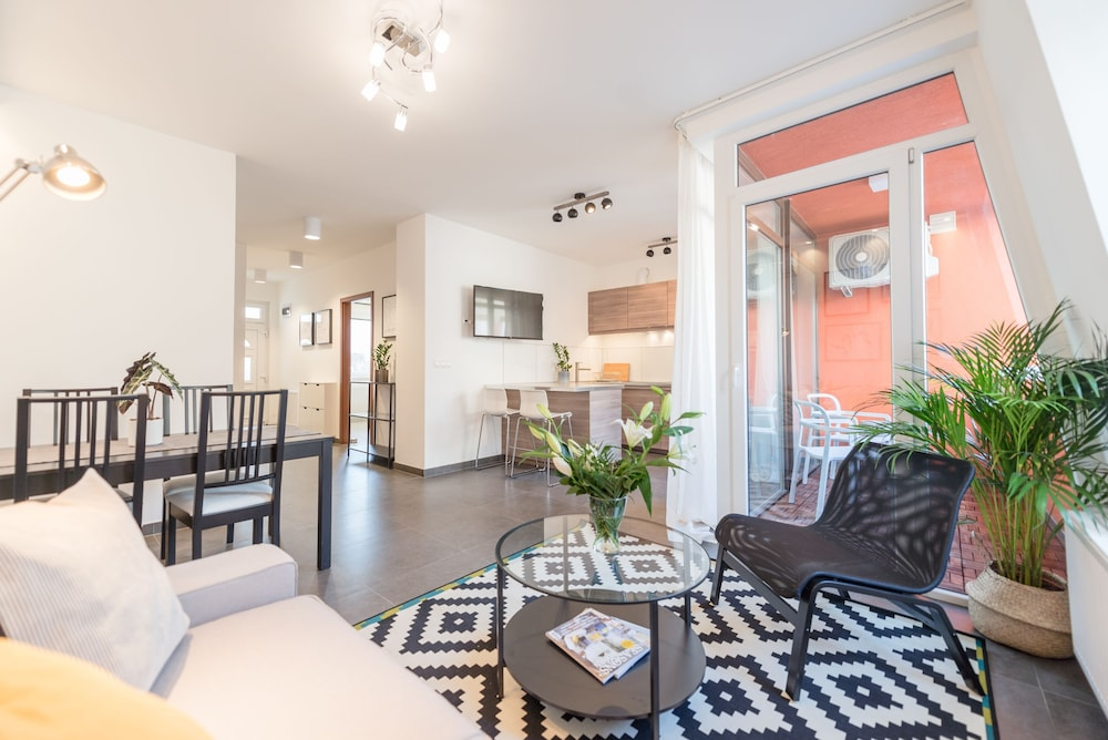 Oasis Apartments - Westend I (Budapest, Ungheria) | Expedia.it