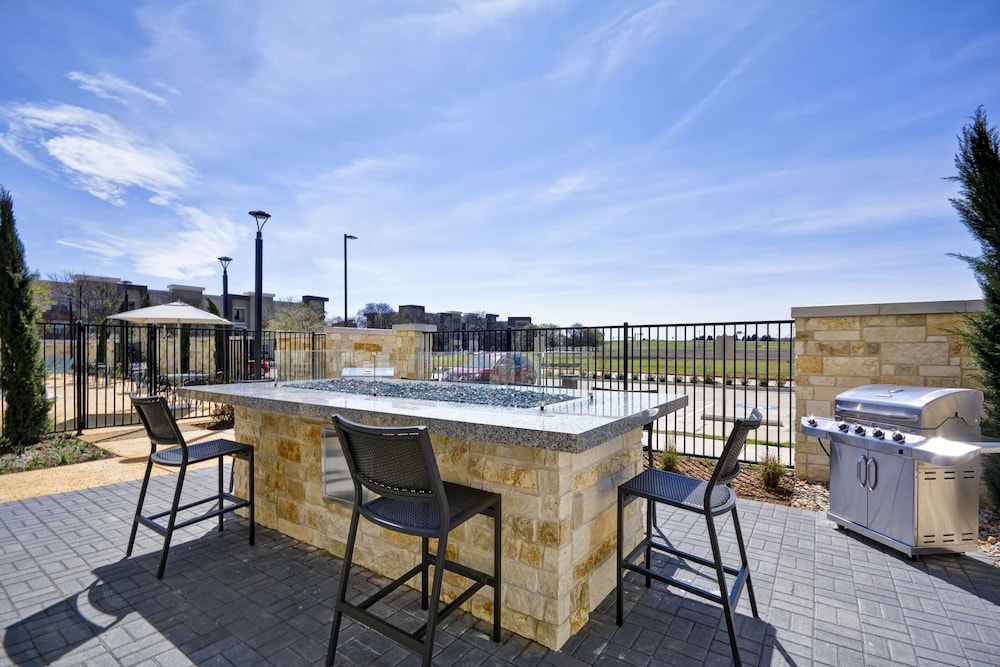 Terrace/Patio, Home2 Suites by Hilton Plano Richardson