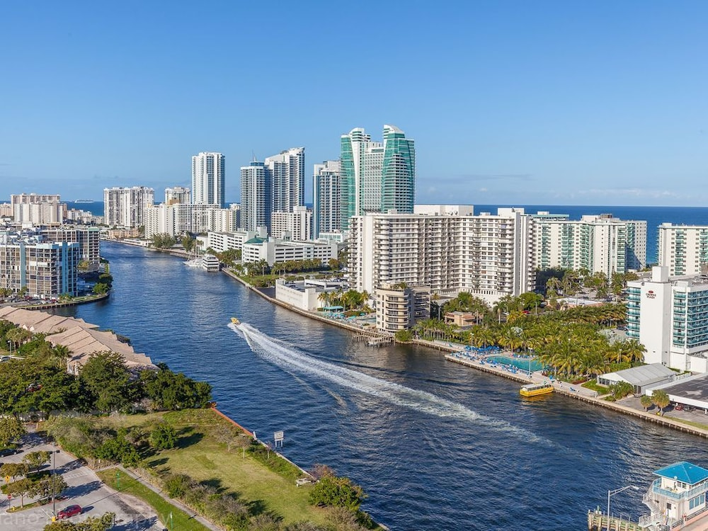 Beachwalk Resort Amazing Views In Fort Lauderdale Hotel Rates Reviews On Orbitz