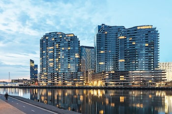 Winston Apartments Docklands