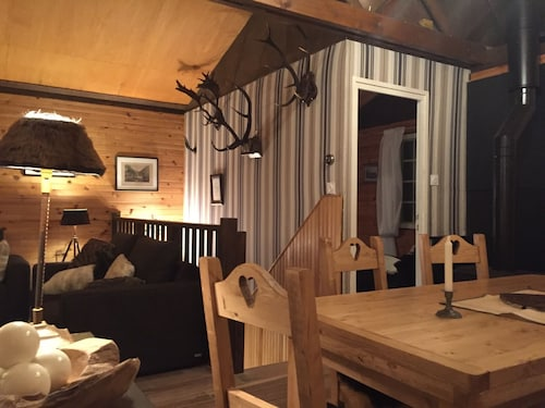 Charming Chalet, Full Exceptional South Near Lake & Slopes. Wifi / Hammam