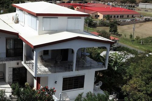 Beautiful Vacation Rental Apartment Located in Red-hook Quarters, St. Thomas, VI