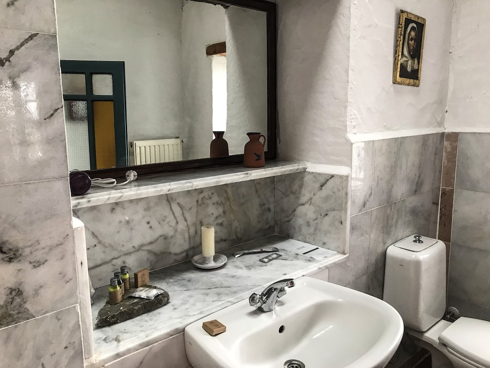 Bathroom, Mosaic Hotels