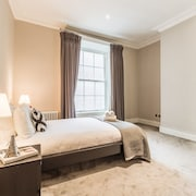 5STARSTAY The William Butler Yeats Suite by 5starstay