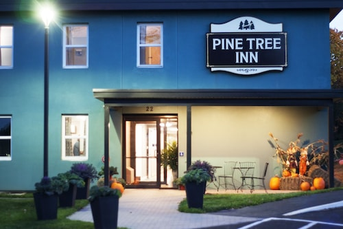 Great Place to stay Pine Tree Inn near Bangor
