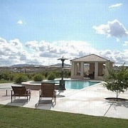 Luxury Upscale Wine Country Estate5 Acrespool$200 Rebate w/ 7 Night Stay