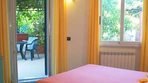 Una cassaforte in camera, una scrivania, Wi-Fi gratuito, lenzuola
