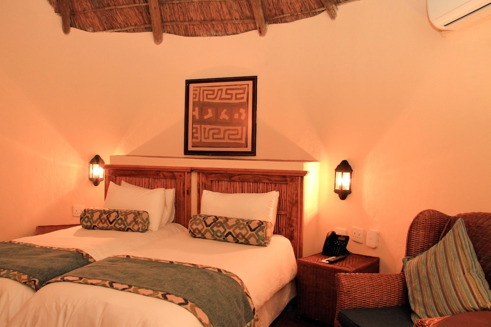 Room, Bush Bungalows at Sun City Resort